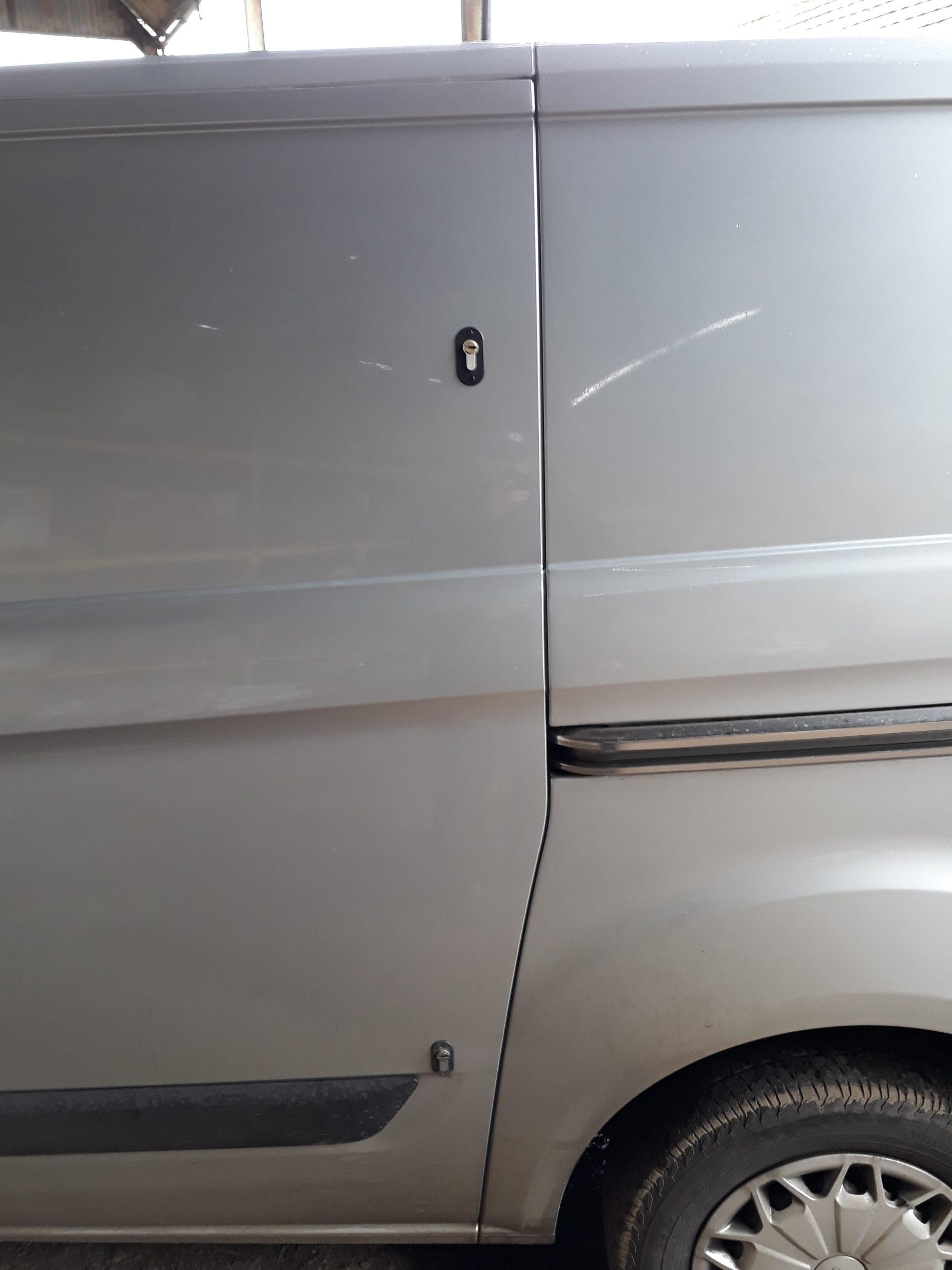 Transit custom sideload door